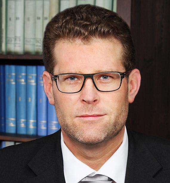 Prof.Dr._Hanno_M._Kaempf